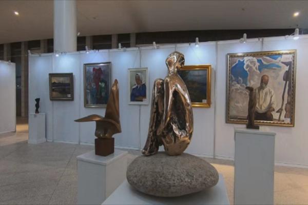 中俄油画雕塑